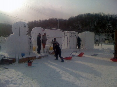吉田農場 雪像